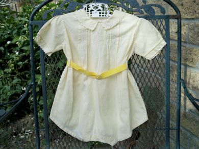 Vintage 1930s Baby Girl / Boy Yellow Embroidered Onesie or Romper