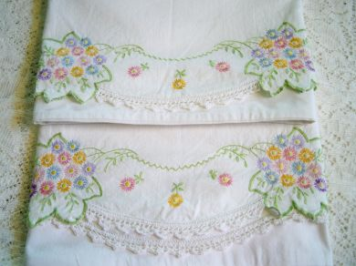 Vintage Floral Leaf Embroidered Pillowcases