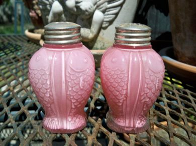 Oldfashionedcharm Antique 1800s Victorian Pink Fish Salt