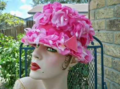 Vintage 1950s Ladies Candy Pink Floral Bucket Cloche Brim Hat